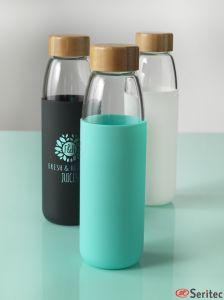 Botella de vidrio con funda de silicona publicitaria