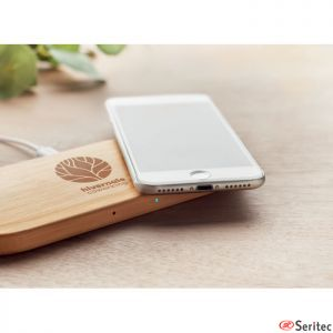 Cargador inalámbrico en bambú personalizado