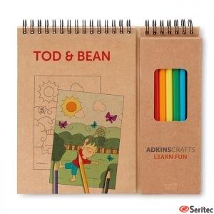 Set publicitario de lápices y cuaderno para colorear