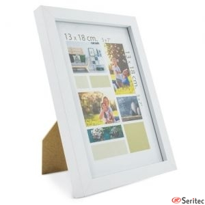 Portafotos con marco de madera publicitario
