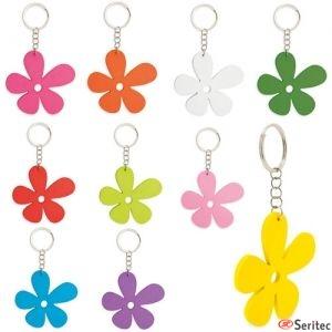 Set de llaveros de madera con forma de flor para personalizar