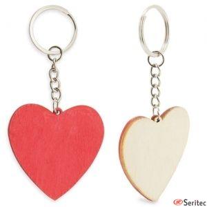 Llavero de madera con forma de corazón personalizado