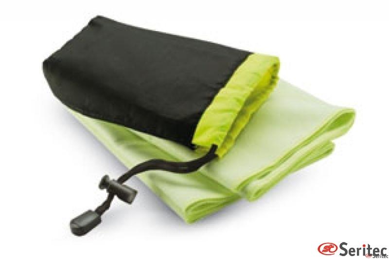 Toalla en bolsa de nylon