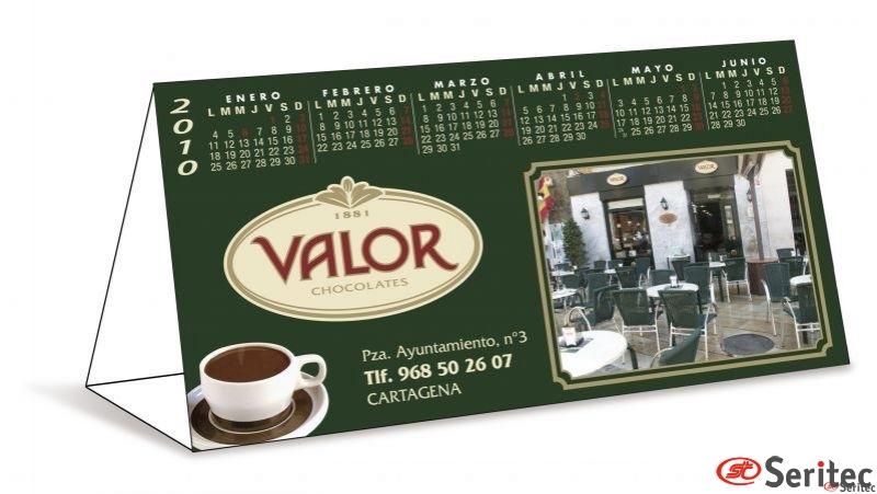 Almanaque. Calendario de Sobremesa Maxi